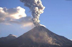 Colima_volcano_medium
