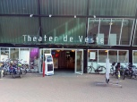 continued at the Theatre de Veste in Delft...